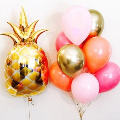 Шар Ананас золотой и фонтан из шаров
