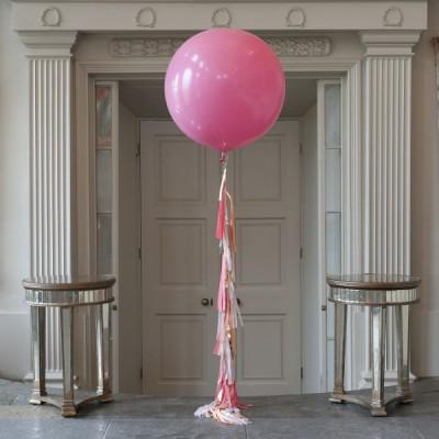 Шар 60 см Розовый с гирляндой тассел