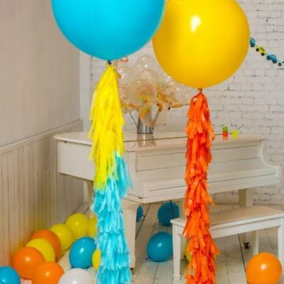 Большие шары на день рождения Яркие с гирляндами тассел