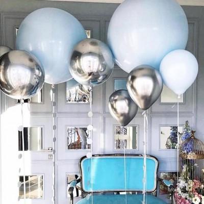 Большие воздушные шары 90 см в композиции из шаров Голубое Сияние