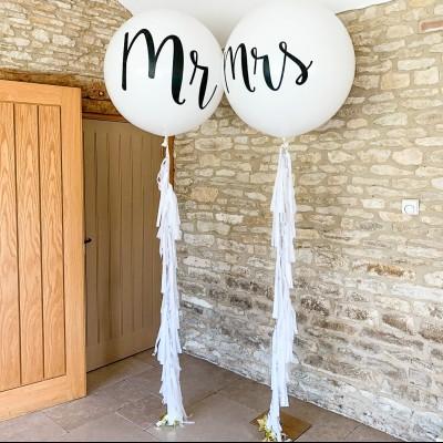Большие шары на свадьбу для Молодоженов