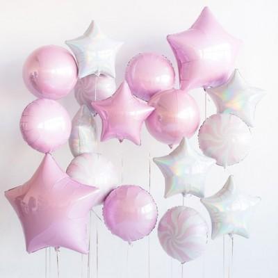 Розовые воздушные шары в композиции из шаров