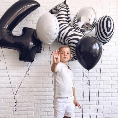 Воздушный шар зебра и цифра 4 года в композиции из шаров