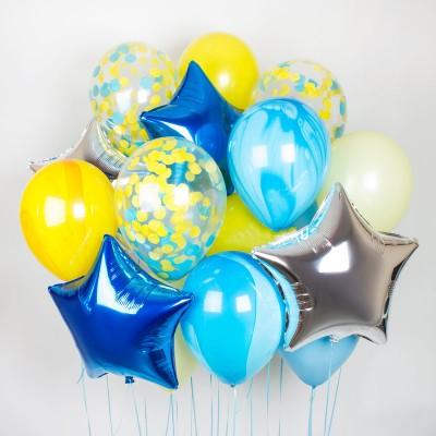 Сине-желтые шары в композиции из воздушных шаров