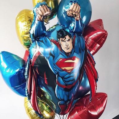 Шар Супермен в связке из шаров