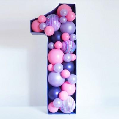 Цифра 1 из шаров на каркасе
