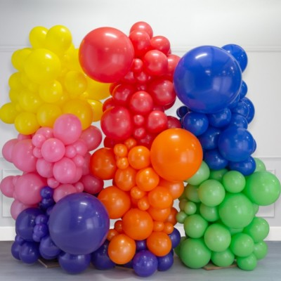 Фотозона из шаров радужная 2,5*2,5м