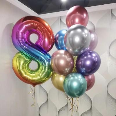 Воздушные шары на 8 марта радужные