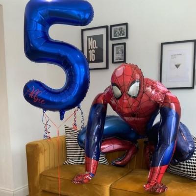 Надувной шарик Человек Паук с цифрой 5