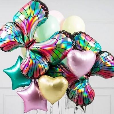 Шар бабочка в композиции из шаров
