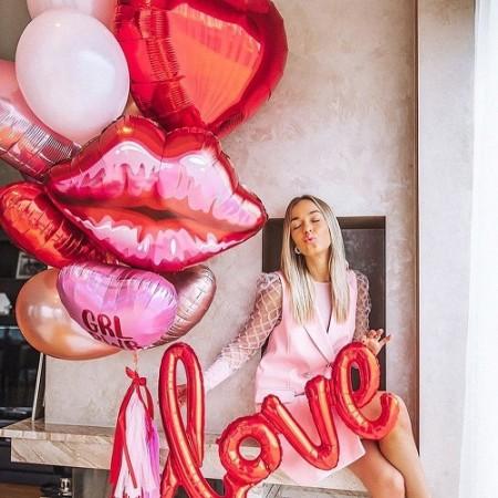 День Сердец и Поцелуев